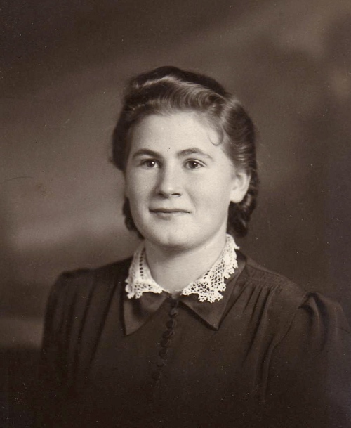 mom as a young girl