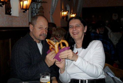 eating-pretzels
