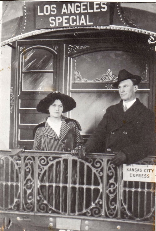 honeymoon couple 1917