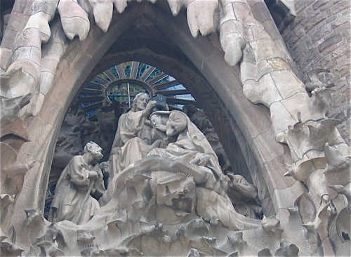 angel visits mary sagrada familia