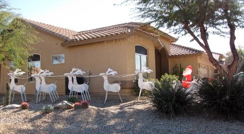 santa and his sleigh in arizona
