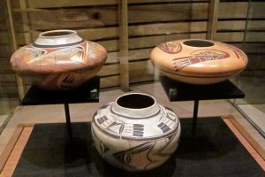 hopi pottery at the heard museum