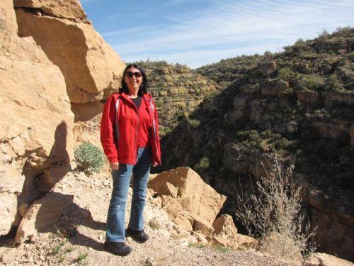 stop along apache trail scenic drive