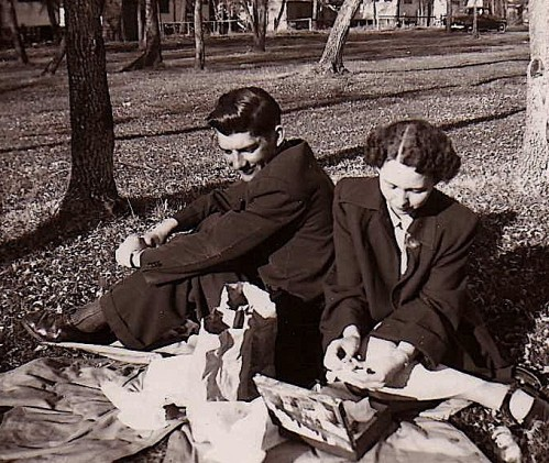 Dorothy and Paul on a picnic during the time they were dating