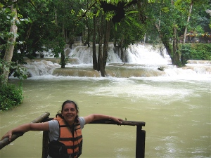 tad se waterfall laos