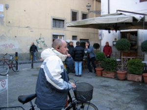 earphones on bike tour in florence
