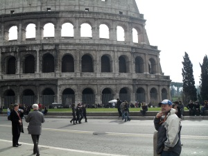 dave outside the collosseum