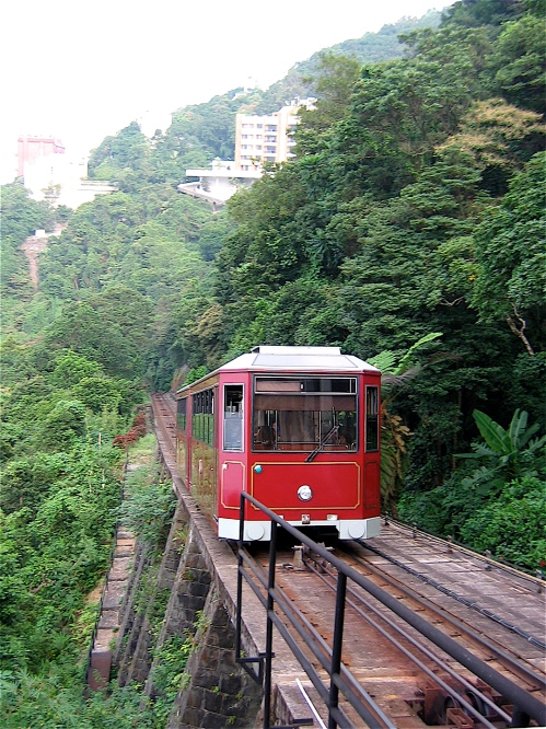 victoria peak tram