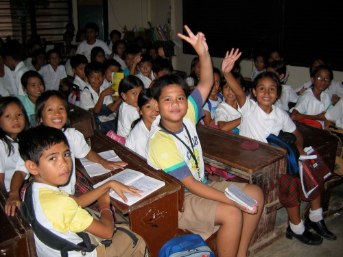 borocay school children phlippines