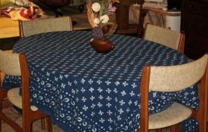 table cloth ten thousand villages