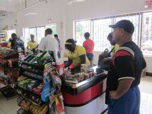grocery shopping in ocho rios