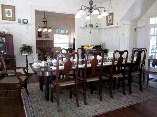 The light fixtures in the diningroom and livingroom of the Edison home in Fort Meyer were invented by John Verity whose firm built the light fixtures for the Edison Company