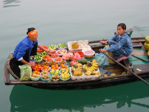fruit sellers in Halong Bay Vietnam