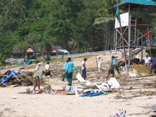Workers cleaning up in Phuket after tsunami 2004