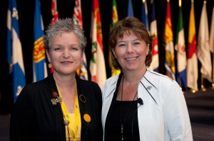 Jocelyn Reimer Kent in June 2010 with then President of the Canadian Nurses Association Kaaren Neufeld