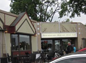 patio promenade cafe saint boniface