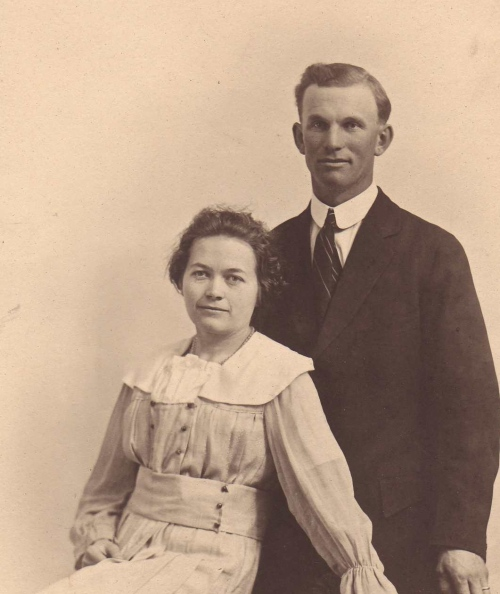 peter and annie schmidt on their wedding day i