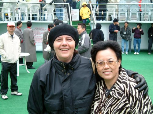 posing with a fellow Yangtze river traveler