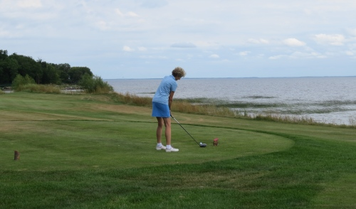 lake of the sand hills golf course