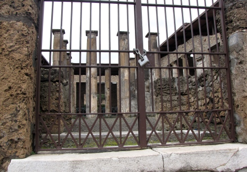 Of course the buildings in Pompei Italy were abandoned for good reason as I discovered on a 2010 trip to Italy