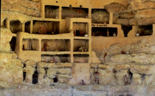 A model of what the cliff dwellings looked like inside