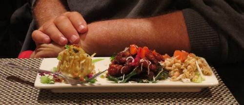 food sampler Malee's Thai