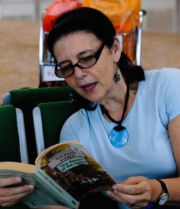 reading in airport