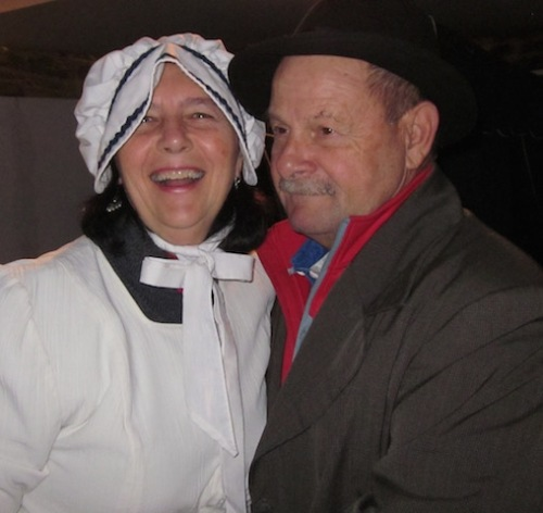 dave-and-marylou in colonial clothes