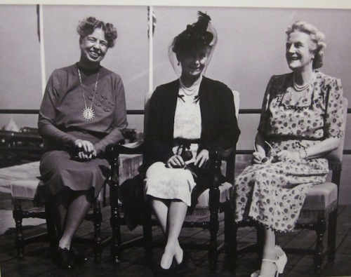 eleanor-roosevelt-clemetine-churchill-and-princess-alice