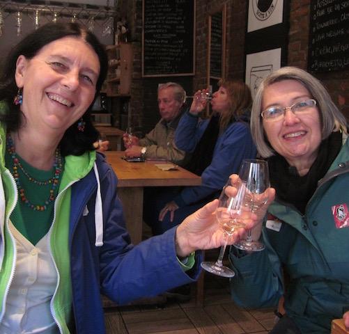white wine toast quebec city