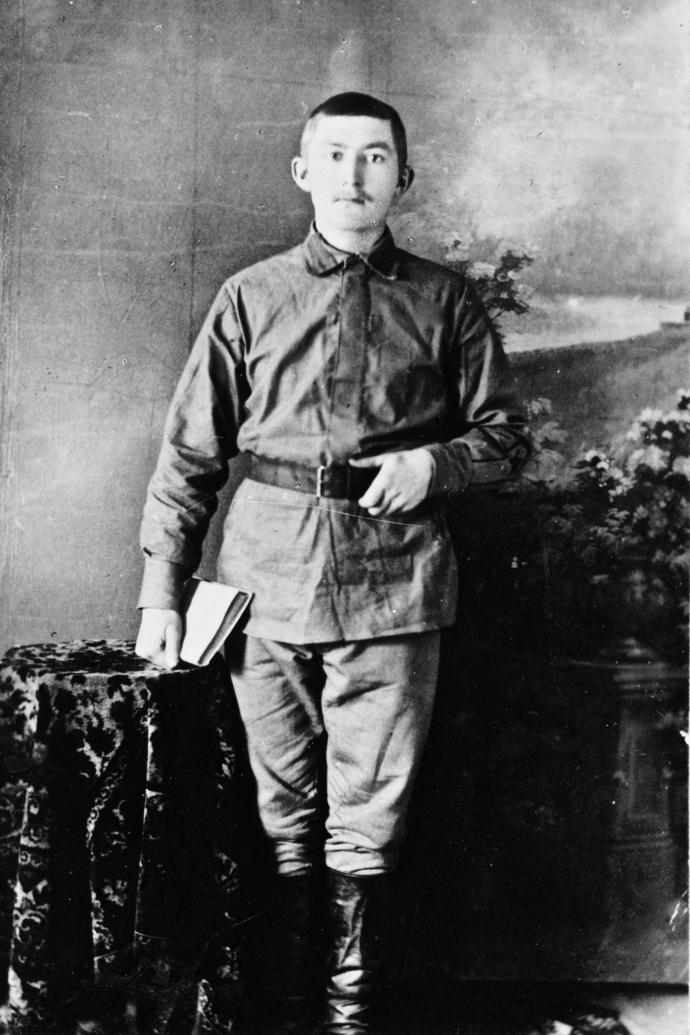 grandpa peters in army uniform