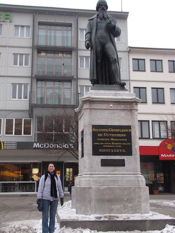 gutenberg-statue-mainz-germany