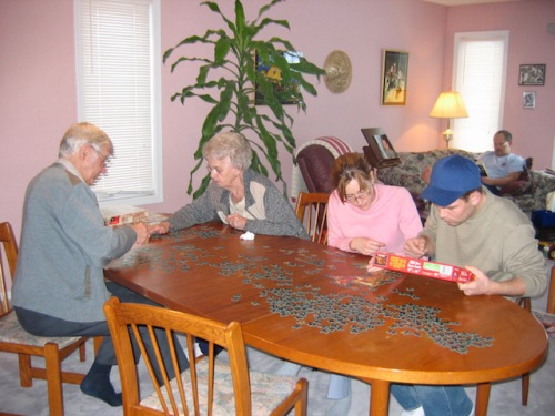 family-puzzling