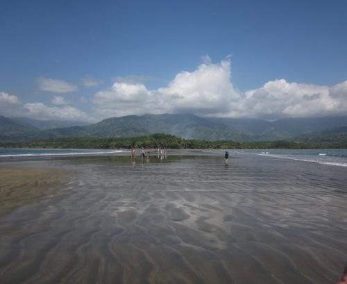 beach uvita