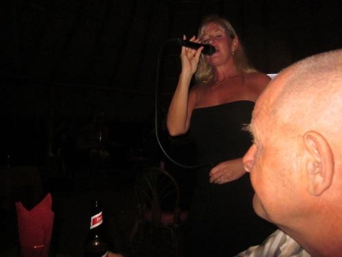 singer-at-seven