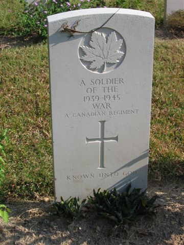 canadian soldiers grave sai wan
