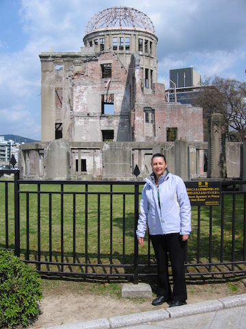 atomic bomb dome memorial hiroshima