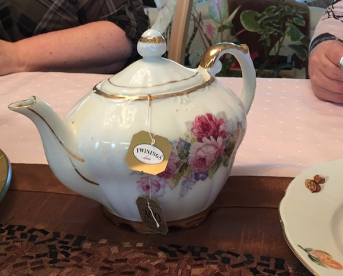 florence's singing tea pot