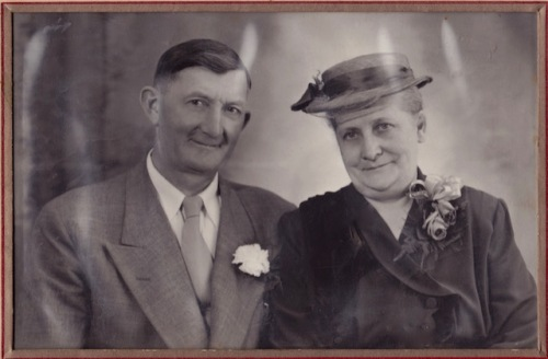My grandparents Margareta Sawatzky Peters (  1900-1999)  and Diedrich Peters (1901-1996)