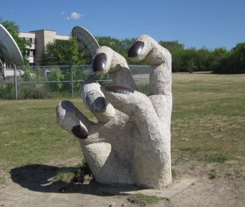 sculpture 9 university garden