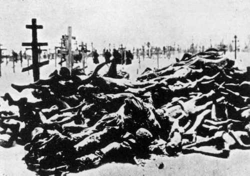 Victims of the 1921 famine in Russia.