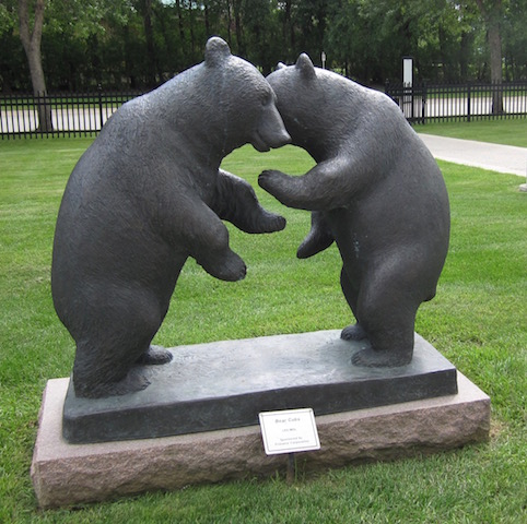 Bear Ciubs by Leo Mol