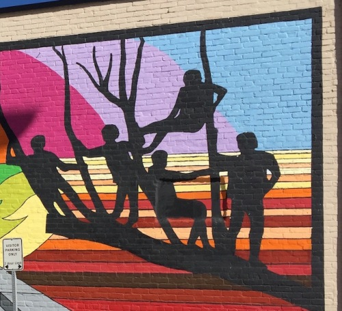 main street guess who mural