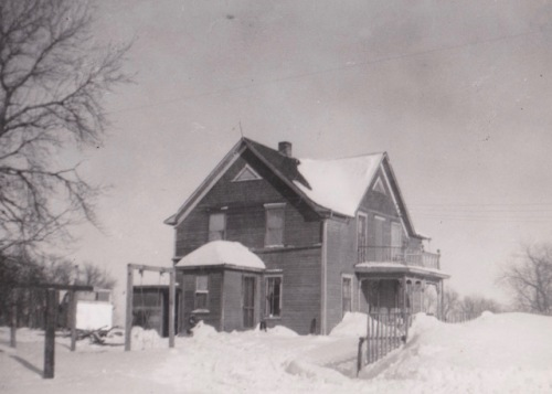jantz family first house in drake