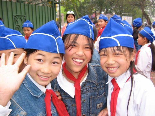 school girls vietnam