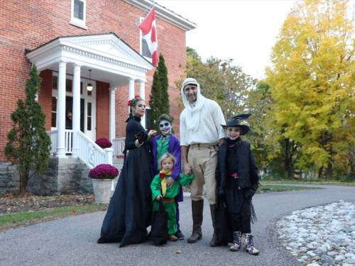 trudeau family trick or treating
