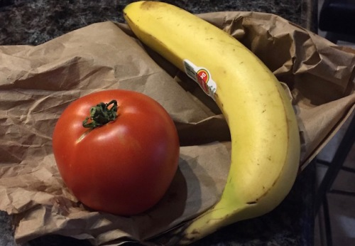 tomatoe and banana