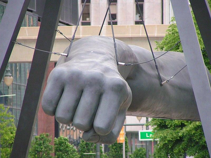the fist robert graham wikimedia photo by Walter Powers